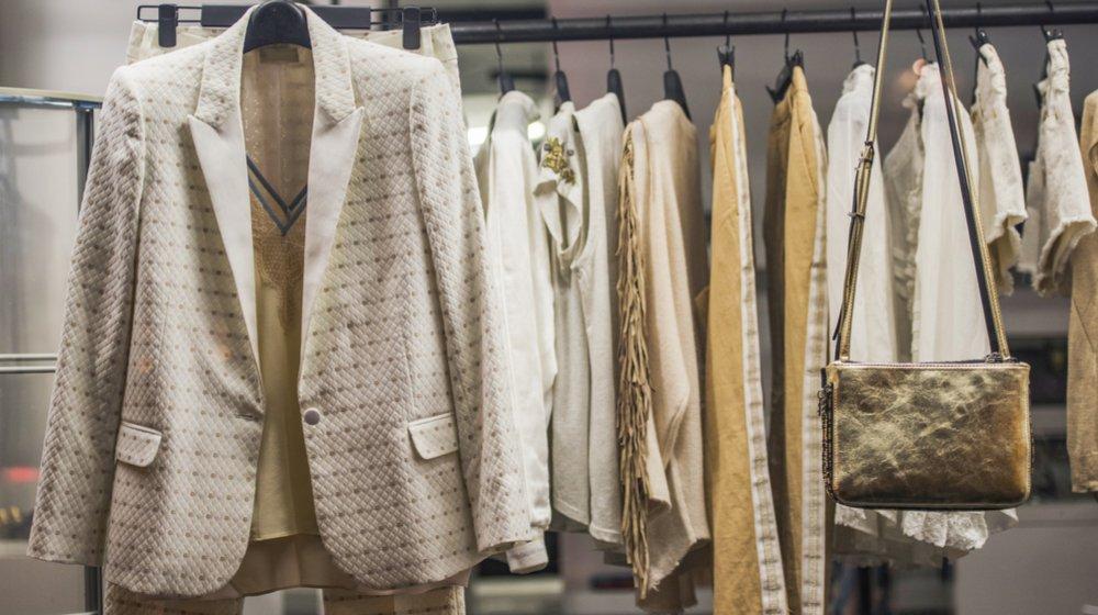 50 ý tưởng kinh doanh thời trang cho các tín đồ thời trang - Bán bộ đồ