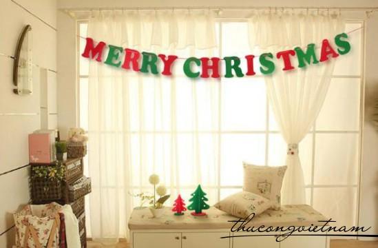 Dây treo nỉ chữ MERRY CHRISTMAS