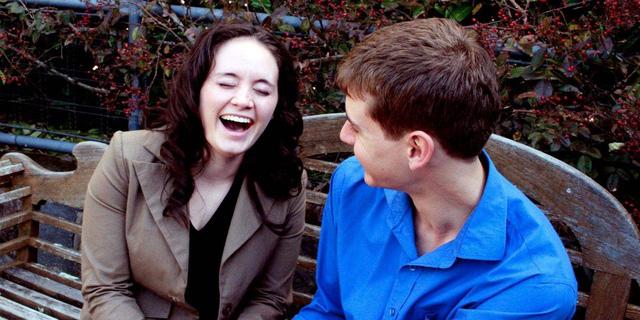 10 bí quyết giao tiếp vạn người mê khiến ai cũng yêu quý bạn ngay từ cái nhìn đầu tiên - Ảnh 3.