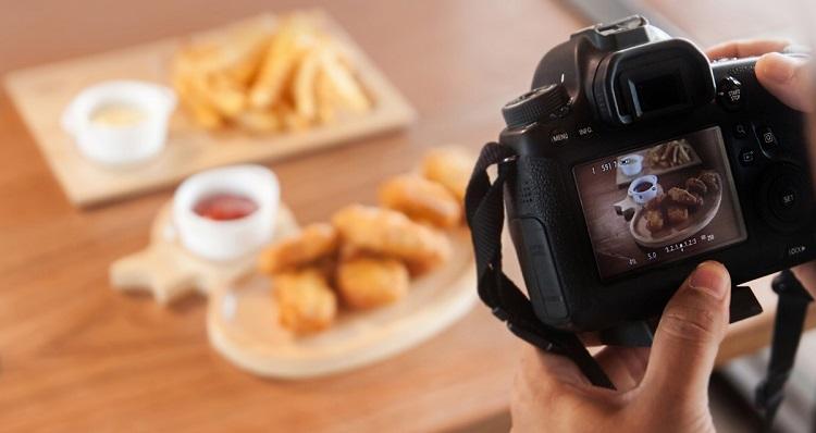 Làm nghề gì để giàu – Chụp ảnh thức ăn