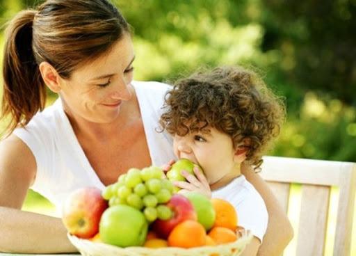 Bí quyết thiết lập chế độ dinh dưỡng giúp tăng cường sức khỏe cho bé