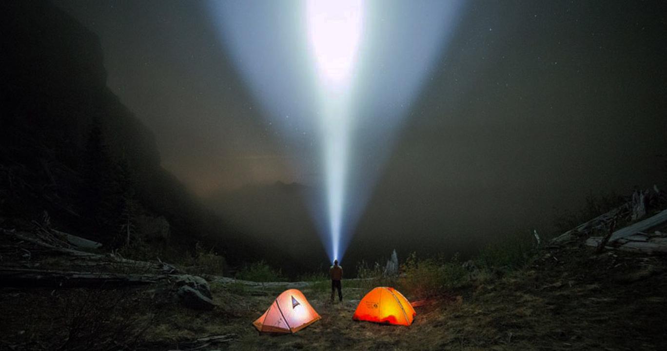 Cách chọn mua đèn pin siêu sáng đa năng phù hợp với nhu cầu của bạn