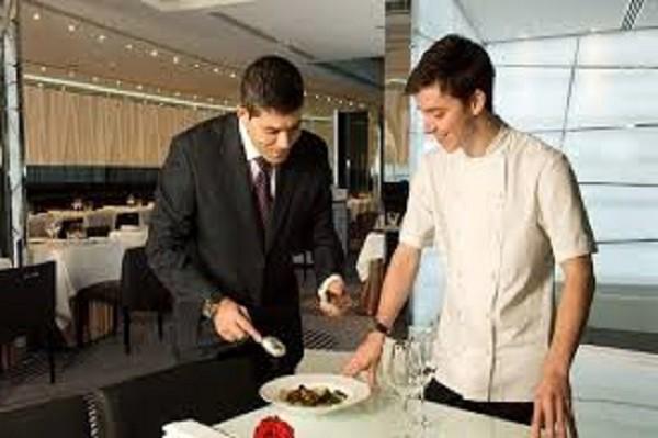 Tìm hiểu chức năng, nhiệm vụ của người quản lý nhà hàng | by Trung Cấp Quản  Trị Nhà Hàng | Medium