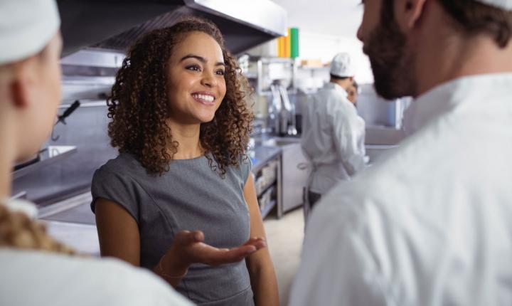 kỹ năng quản lý nhà hàng thiết thực